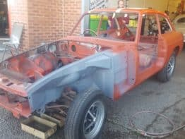 MGB GT Engine Removal in preparation for Engine Bay Respray.